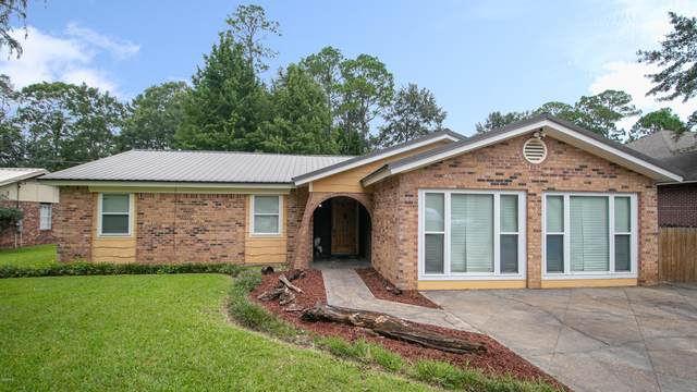 8620 Bayou Castelle Dr, Gautier, MS 39553 (MLS #366613) :: Keller Williams MS Gulf Coast