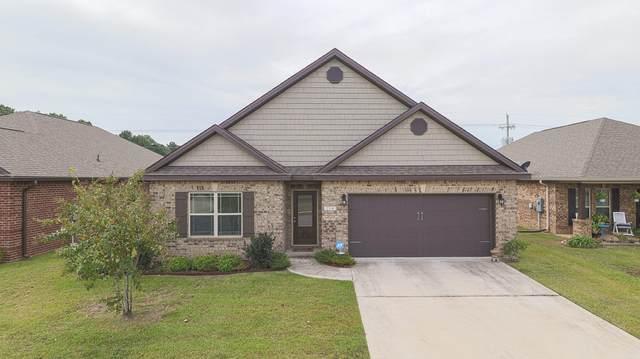 214 Sandy Dr, Ocean Springs, MS 39564 (MLS #367302) :: Berkshire Hathaway HomeServices Shaw Properties