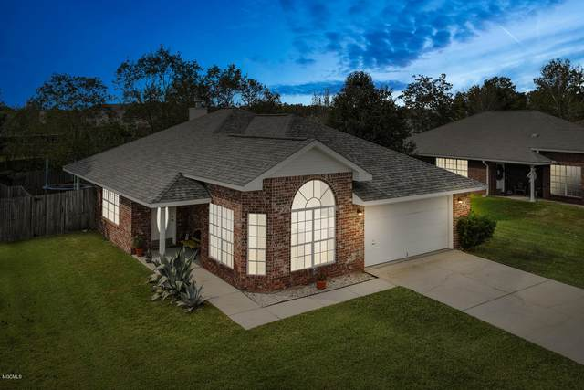 13203 W Country Hills Dr, Gulfport, MS 39503 (MLS #367663) :: Berkshire Hathaway HomeServices Shaw Properties