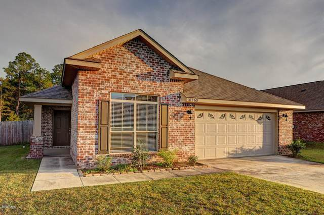 18268 Cardinal Ln, Gulfport, MS 39503 (MLS #368275) :: Berkshire Hathaway HomeServices Shaw Properties