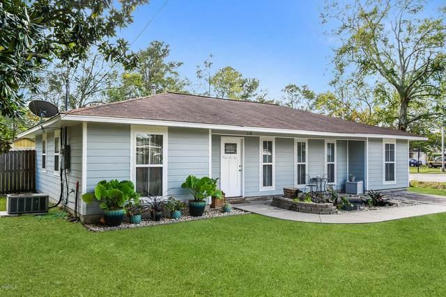 118 Lafayette Cir, Ocean Springs, MS 39564 (MLS #368279) :: Coastal Realty Group