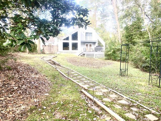 939 W Lakeshore Dr, Carriere, MS 39426 (MLS #368840) :: Coastal Realty Group