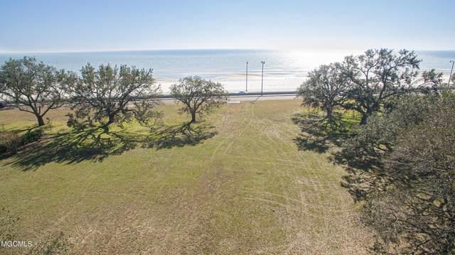1606 Beach Dr, Gulfport, MS 39507 (MLS #369234) :: Coastal Realty Group