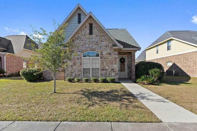 522 Palm Breeze Dr, Ocean Springs, MS 39564 (MLS #369331) :: Berkshire Hathaway HomeServices Shaw Properties
