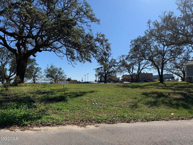 331 E 5th St, Long Beach, MS 39560 (MLS #369795) :: The Sherman Group