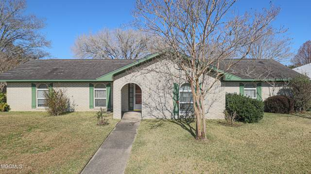 121 Reservation Dr, Gulfport, MS 39503 (MLS #369868) :: The Sherman Group