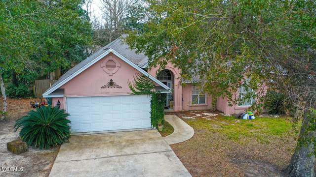 1805 Seagull Ave, Ocean Springs, MS 39564 (MLS #370095) :: Berkshire Hathaway HomeServices Shaw Properties