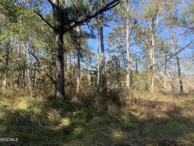 7 Sand Pine Cv, Gautier, MS 39553 (MLS #370443) :: Dunbar Real Estate Inc.
