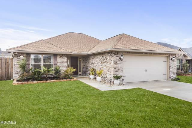 18101 Green Leaves Dr, Gulfport, MS 39503 (MLS #370648) :: The Demoran Group at Keller Williams