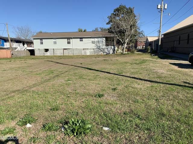 712 Division St, Biloxi, MS 39530 (MLS #370715) :: Berkshire Hathaway HomeServices Shaw Properties