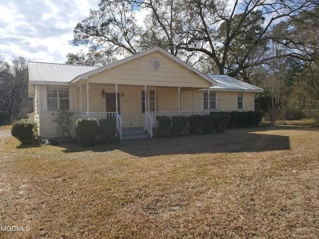 11924 Seaman Rd, Vancleave, MS 39565 (MLS #370904) :: Biloxi Coastal Homes