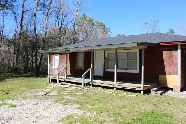 5501 Wildwood Road, Moss Point, MS 39562 (MLS #371709) :: The Demoran Group at Keller Williams