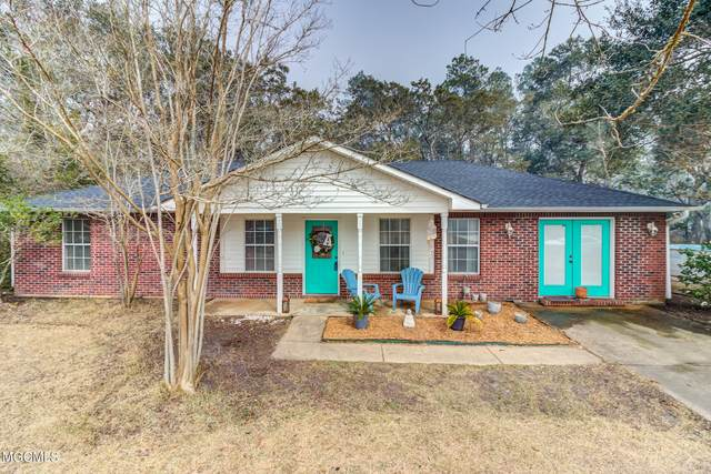 516 Peach St, Ocean Springs, MS 39564 (MLS #371817) :: Berkshire Hathaway HomeServices Shaw Properties