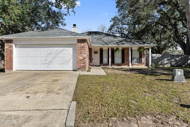 11704 Ravenwood Pl, Ocean Springs, MS 39564 (MLS #371835) :: Biloxi Coastal Homes