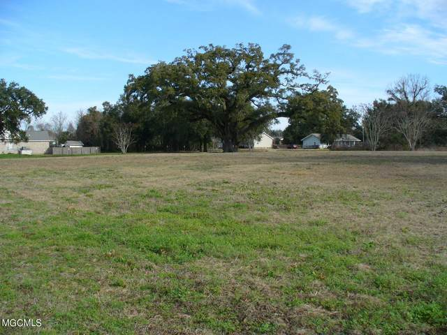 410 St Louis St, Pass Christian, MS 39571 (MLS #372245) :: Coastal Realty Group