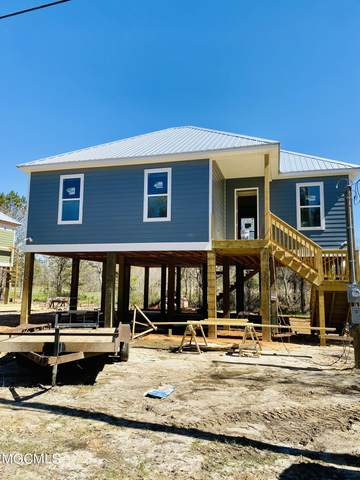 204 Marcus Dr, Waveland, MS 39576 (MLS #372783) :: Berkshire Hathaway HomeServices Shaw Properties