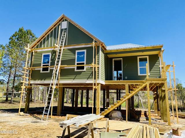 206 Marcus Dr, Waveland, MS 39576 (MLS #372786) :: Berkshire Hathaway HomeServices Shaw Properties