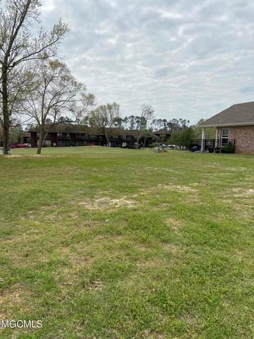 228 Fairway Villas Circle Lot 11, Diamondhead, MS 39525 (MLS #372875) :: The Demoran Group at Keller Williams