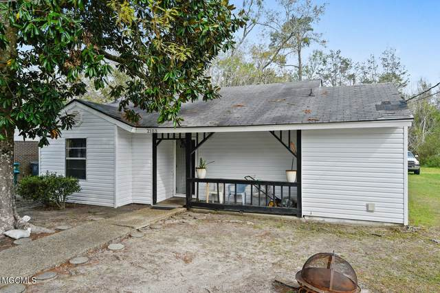 2103 South St, Gulfport, MS 39507 (MLS #373063) :: Berkshire Hathaway HomeServices Shaw Properties