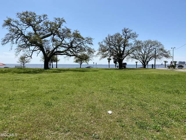 1542 E Beach Blvd, Gulfport, MS 39501 (MLS #373239) :: The Sherman Group