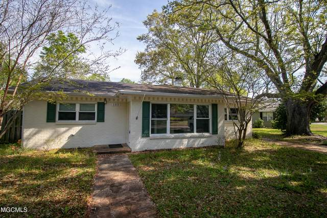 135 Barq Ave, Biloxi, MS 39531 (MLS #373451) :: The Sherman Group
