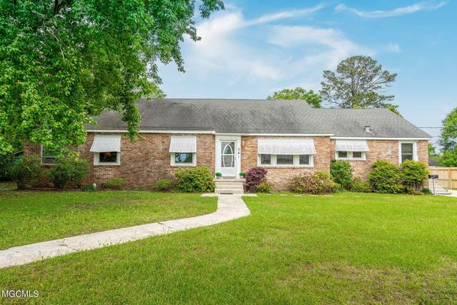 261 Iroquois St, Biloxi, MS 39530 (MLS #373867) :: The Sherman Group