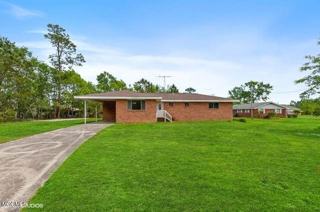 742 Huckleberry Rd, Bay St. Louis, MS 39520 (MLS #374046) :: The Demoran Group at Keller Williams