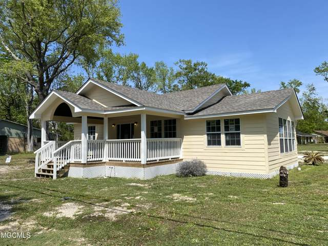 4912 Griffin St, Moss Point, MS 39563 (MLS #374122) :: The Demoran Group at Keller Williams