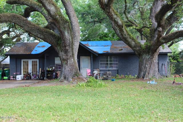 13116 Cloverdale St, Ocean Springs, MS 39564 (MLS #374523) :: Coastal Realty Group