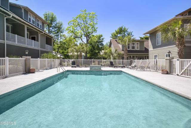 922 Porter Ave #211, Ocean Springs, MS 39564 (MLS #375047) :: Coastal Realty Group