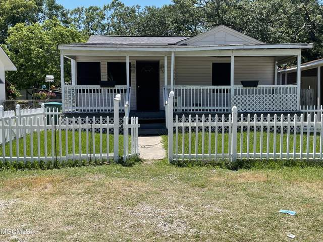 2713 Broadmoor Pl, Gulfport, MS 39501 (MLS #375232) :: The Demoran Group at Keller Williams