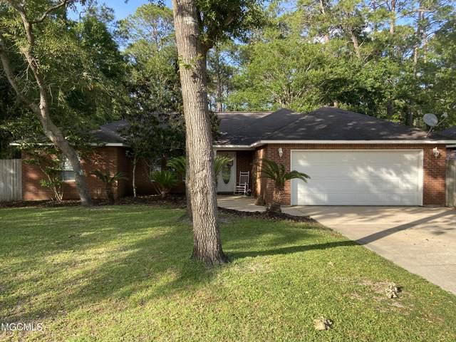 530 Oak St, Ocean Springs, MS 39564 (MLS #375270) :: Dunbar Real Estate Inc.