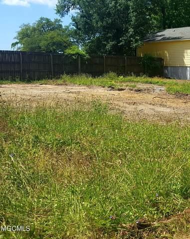 240 16th St, Gulfport, MS 39507 (MLS #375333) :: Dunbar Real Estate Inc.