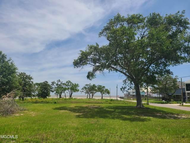 110 Beachview Cir, Long Beach, MS 39560 (MLS #375465) :: The Demoran Group at Keller Williams