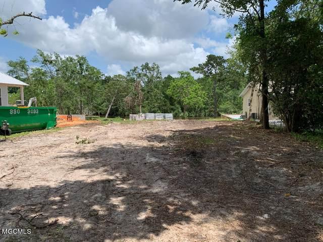 322 Magnolia Ave, Ocean Springs, MS 39564 (MLS #375645) :: Dunbar Real Estate Inc.