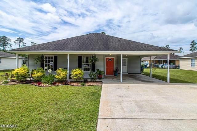 207 Hibiscus St, Waveland, MS 39576 (MLS #375859) :: Dunbar Real Estate Inc.