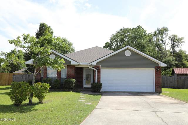 14257 S Country Hills Dr, Gulfport, MS 39503 (MLS #375931) :: Keller Williams MS Gulf Coast