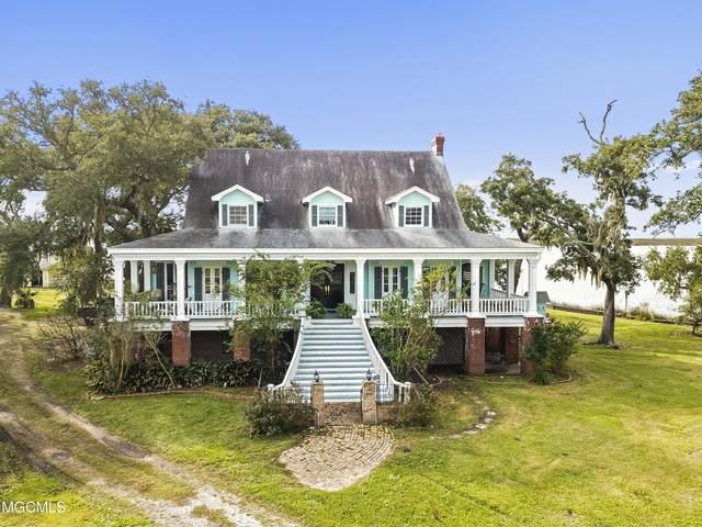 3101 Les Arbres Ln, Ocean Springs, MS 39564 (MLS #376112) :: Dunbar Real Estate Inc.