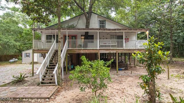 5605 North St, Ocean Springs, MS 39564 (MLS #376172) :: Dunbar Real Estate Inc.