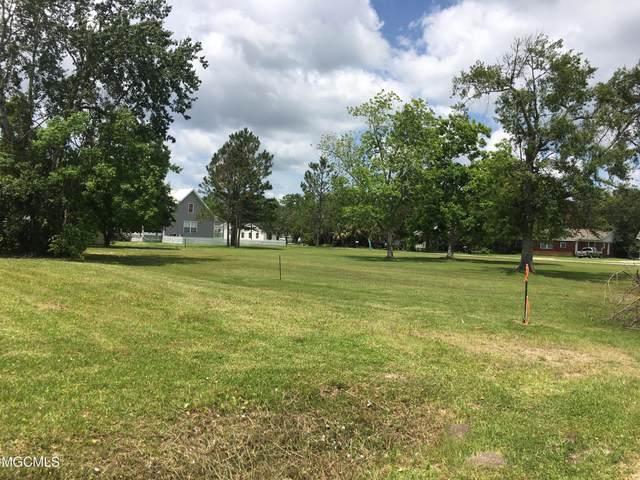 423 Merritt St, Waveland, MS 39576 (MLS #376174) :: Dunbar Real Estate Inc.