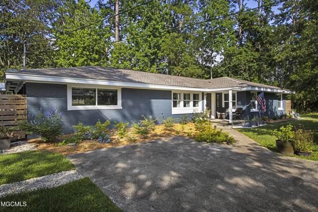 6204 Shore Dr, Ocean Springs, MS 39564 (MLS #376177) :: Dunbar Real Estate Inc.