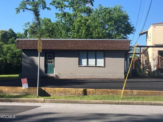 803 Live Oak Ave, Pascagoula, MS 39567 (MLS #376198) :: The Demoran Group at Keller Williams