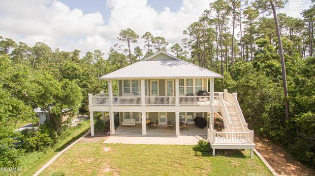 5801 Belle Fontaine Dr, Ocean Springs, MS 39564 (MLS #376240) :: Dunbar Real Estate Inc.