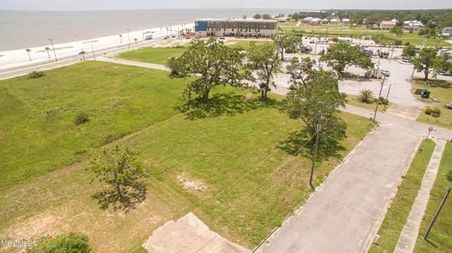 4105 Finley St, Gulfport, MS 39501 (MLS #376259) :: Coastal Realty Group