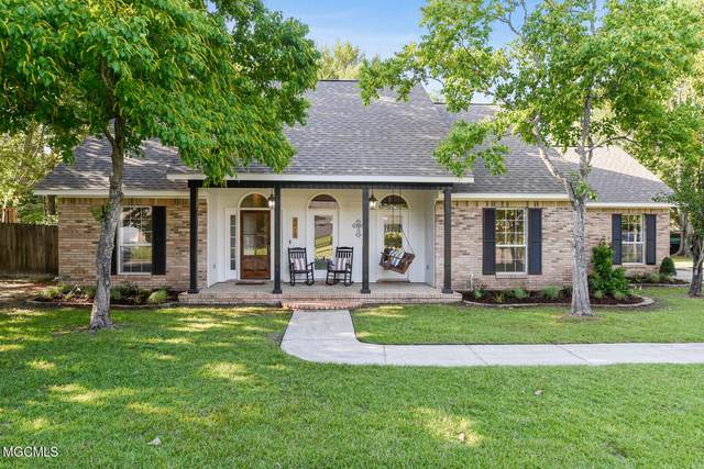 8812 Old Walnut Rd, Ocean Springs, MS 39564 (MLS #376283) :: Dunbar Real Estate Inc.