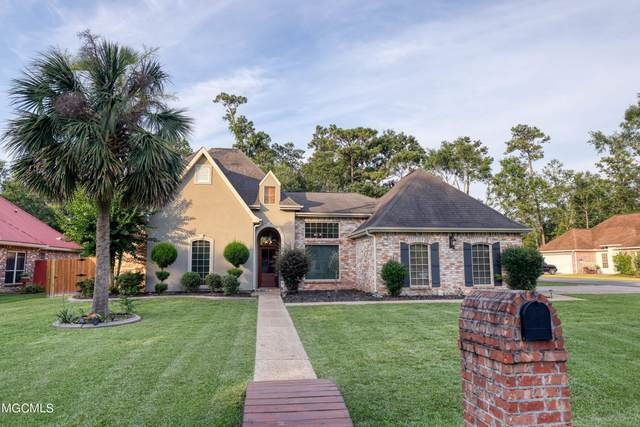 639 Banyan St, Diamondhead, MS 39525 (MLS #376573) :: Berkshire Hathaway HomeServices Shaw Properties