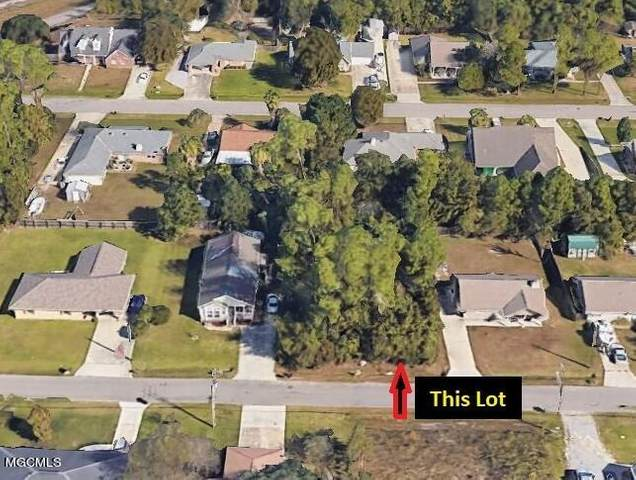 243 Bay Oaks Dr, Waveland, MS 39576 (MLS #376582) :: Keller Williams MS Gulf Coast