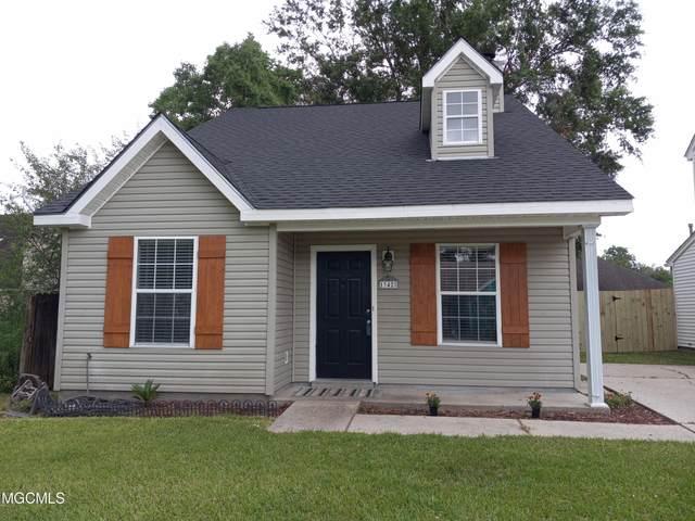 13425 Locust Hill Dr, Gulfport, MS 39503 (MLS #376612) :: Dunbar Real Estate Inc.