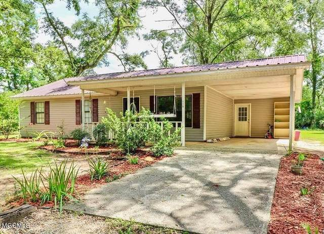 136 Smith Huff Dr, Lucedale, MS 39452 (MLS #376814) :: Coastal Realty Group