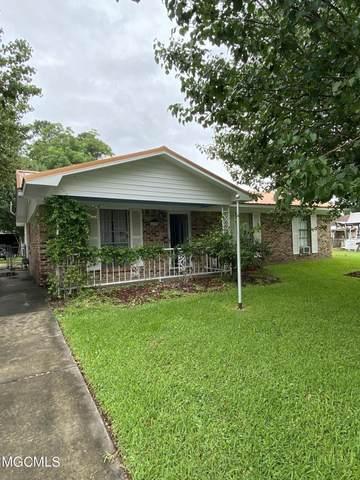 15908 Cherry Dr, Biloxi, MS 39532 (MLS #376838) :: Biloxi Coastal Homes
